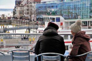 Hafen Schiff Gespräch Windig